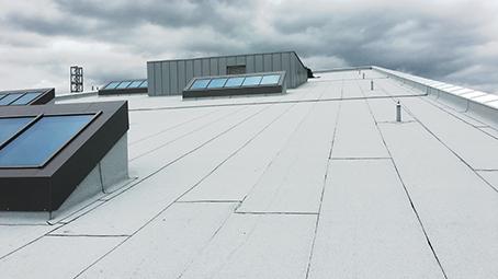 Billigere med hvitt tak