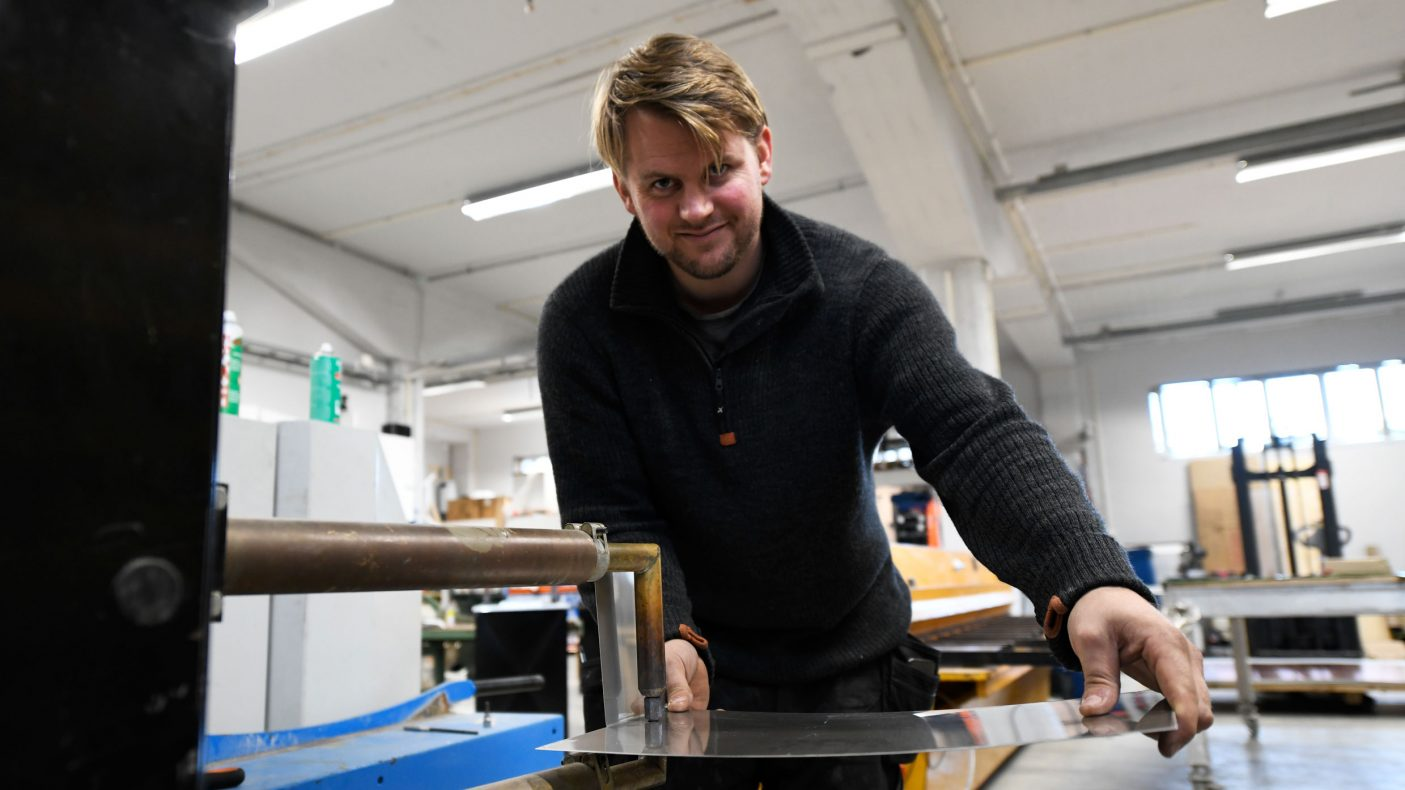 Odd Sigurd Sagli Sande kjøpte opp et komplett blikkenslagerverksted i Nordland og flyttet det til Romsdal.