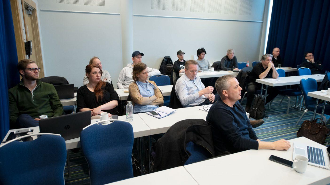 Møtedeltakerne under Fagdag som VBL arrangerte fulgte spent med på foredrag om Energismart.