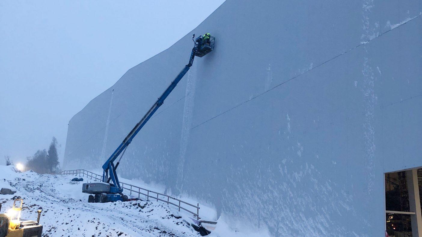Jobbing med lift i terrenget var litt av hverdagen for Borg-Bygg.