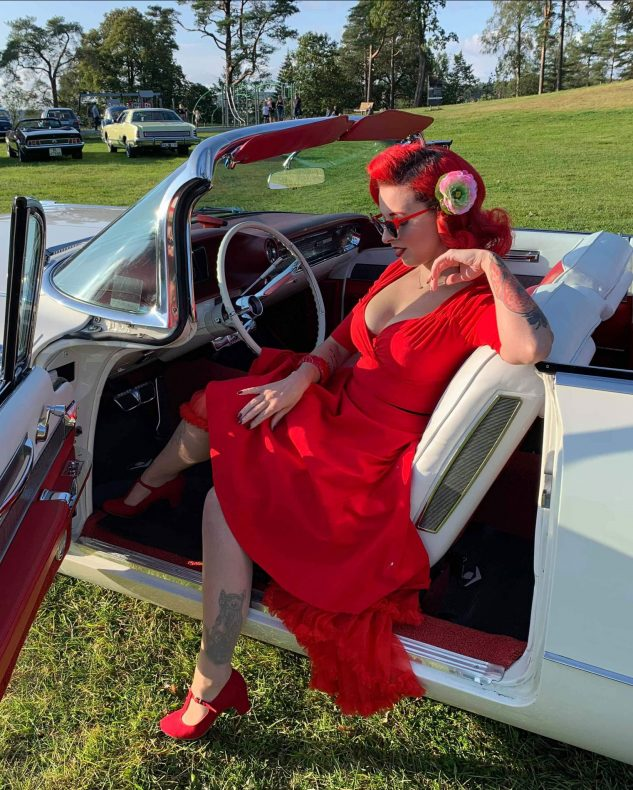 Stina Stephens har stilfull 50-tallsmote som livsstil.