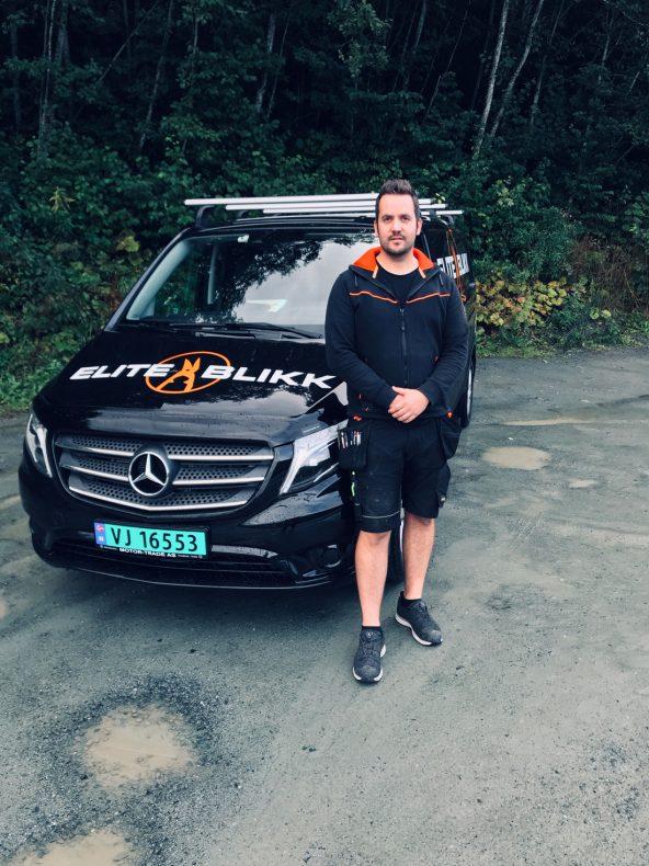 Elite Blikk med Kim Espen Johansen er på plass med egen bil.