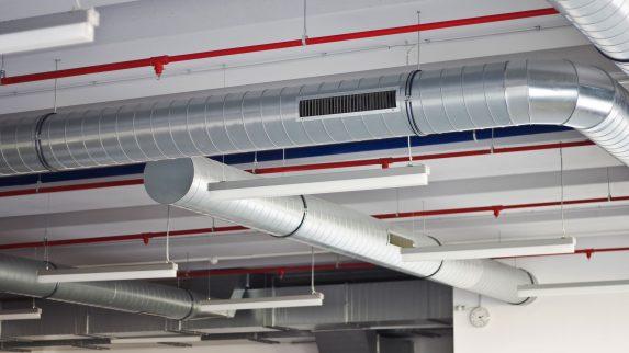 Mekanisk ventilasjon hjelper mot virusspredning