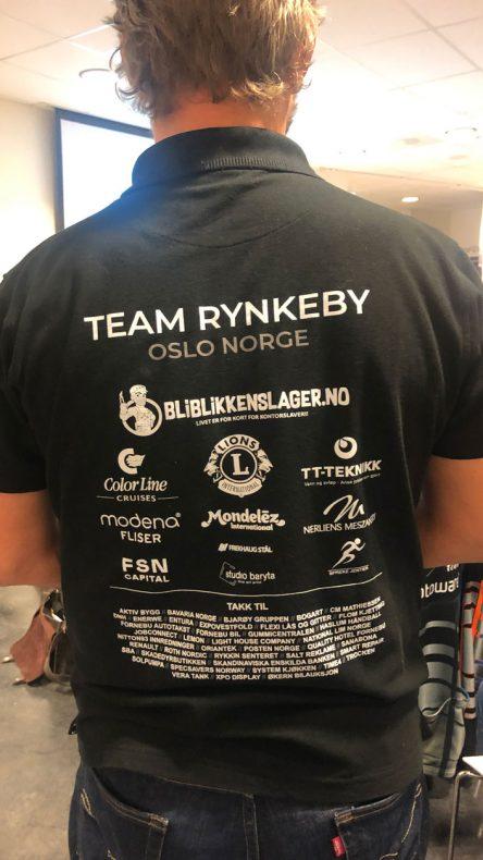 Her blir blikkenslagere godt synlig når Team Rynkeby er ute og farter.