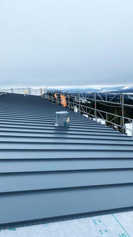 Plannja Trend er et populært produkt, slik som på dette taket i Lillehammer.