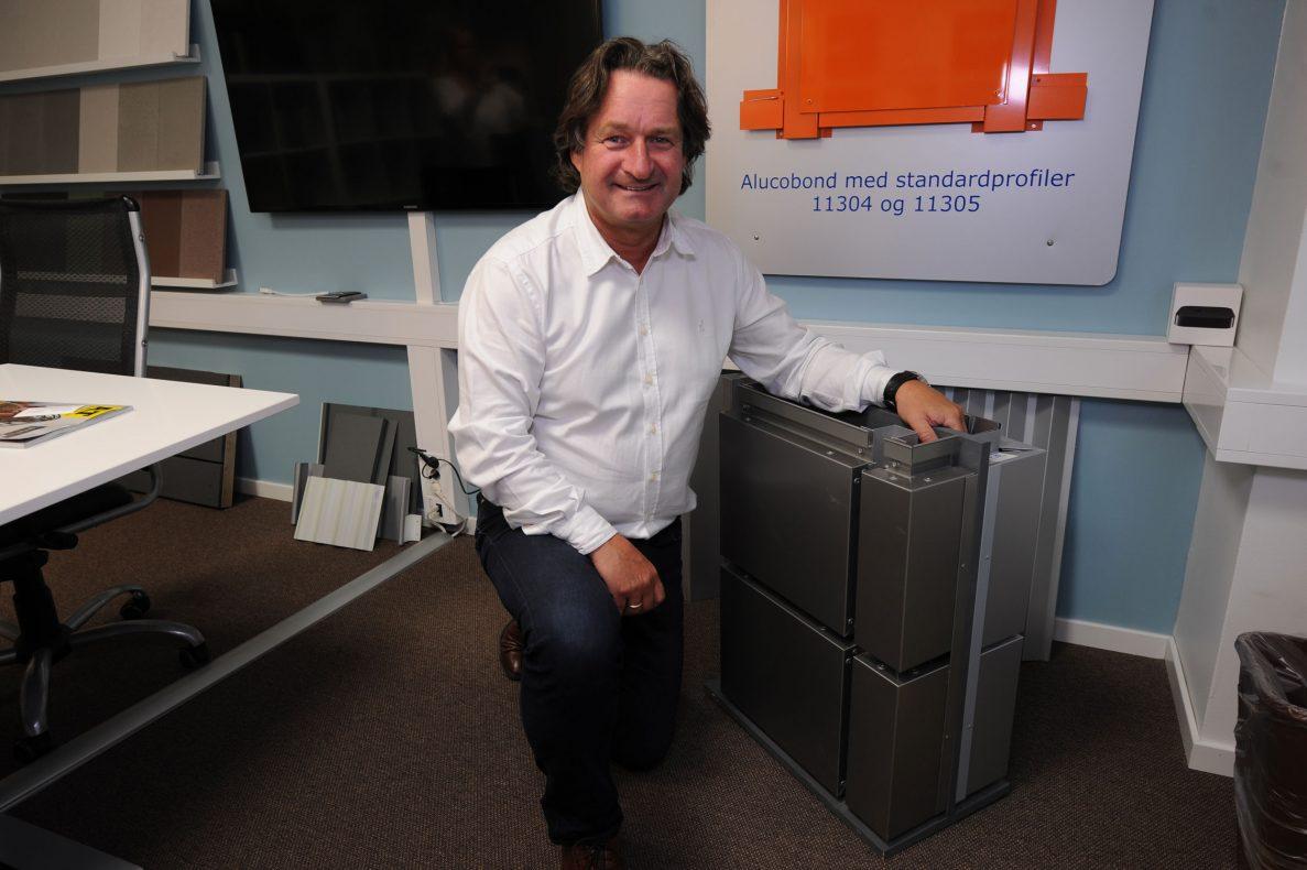 Morten Askildt i Alunor Metall foreller om forsinkelser i levering.